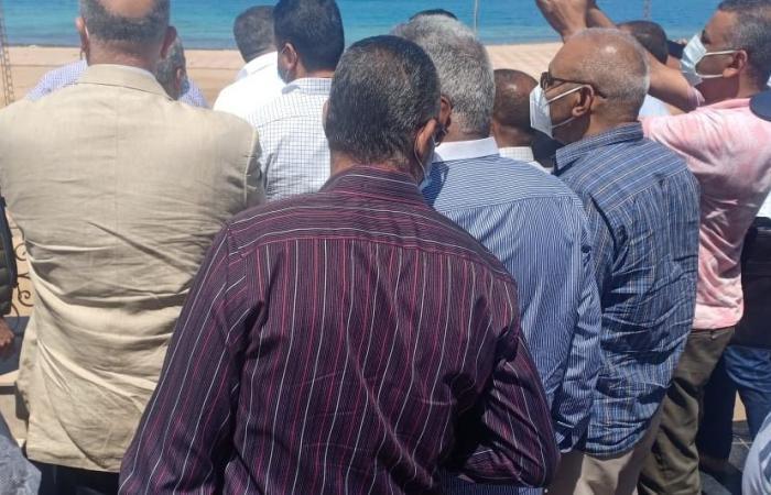 رئيس الوزراء يجرى جولة تفقدية بالغردقة على هامش زيارته غير الرسمية للمدينة.. صور