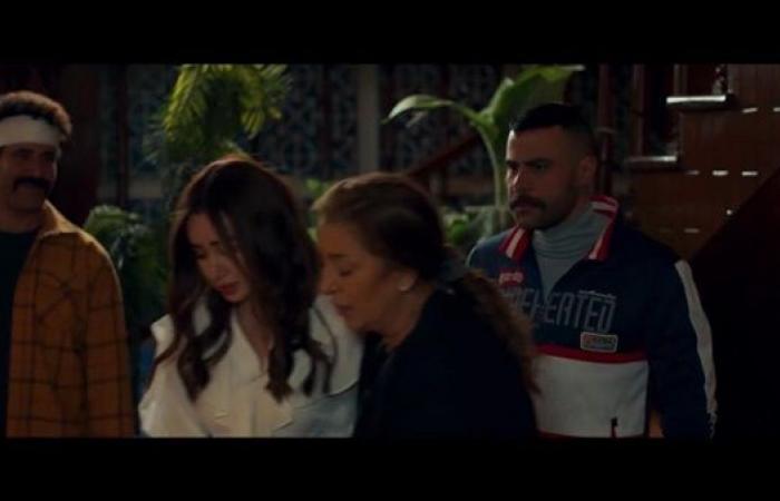"""الحلقة الـ19 من """"النمر"""".. محمد إمام يُعيد والدة هنا الزاهد بيومي فؤاد يأمر بإرجاع ابنته لوالدتها"""