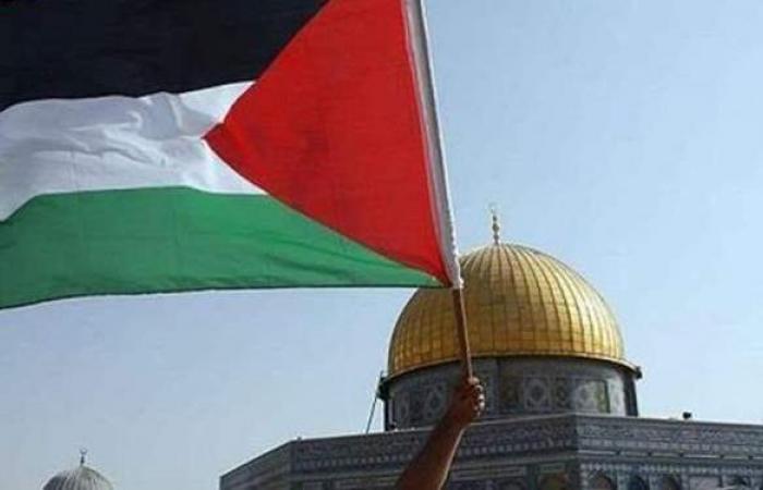 إصابة 3 مستوطنين في إطلاق نار على حاجز بفلسطين