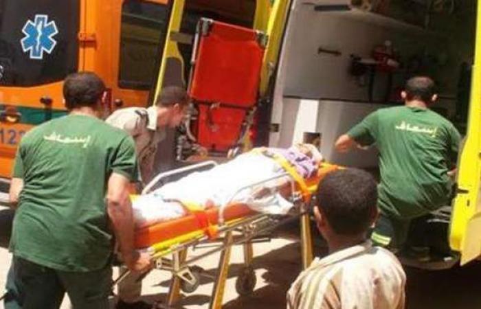 إصابة 5 أشخاص فى حادث انقلاب سيارة بالمنيا