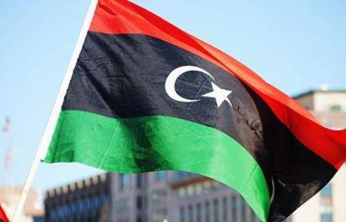 البحرية الليبية تعلن إنقاذ 172 مهاجرًا بينهم مصري   صور