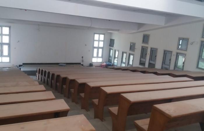 وزير التعليم العالى يوجه بسرعة الانتهاء من تجهيز مبانى جامعة بنها الأهلية