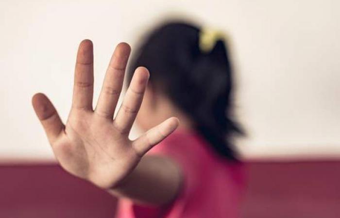 والد الطفلة المغتصبة بالمرج يكشف سبب إقامة ابنته مع والدة المتهم