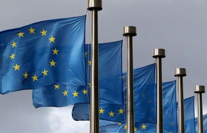 الاتحاد الأوروبي يستدعي سفير روسيا بعد منع 8 سياسيين من دخول البلاد