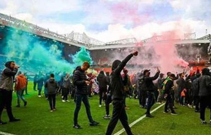 رابطة جماهير مانشستر يونايتد تطالب بطرح أسهم ملاك النادي للبيع