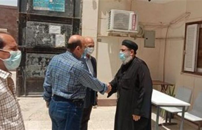 """رئيس جهاز """"العاشر من رمضان"""" يزور الكنائس بالمدينة للتهنئة بعيد القيامة المجيد"""