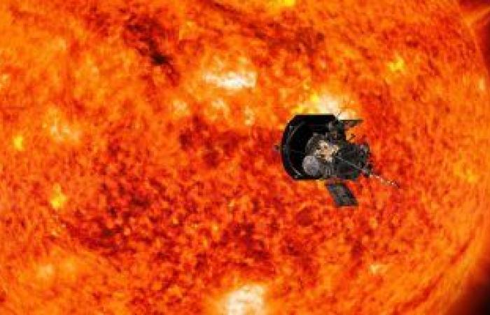 """مسبار """"باركر"""".. أسرع جسم من صنع الإنسان يقترب من الشمس"""