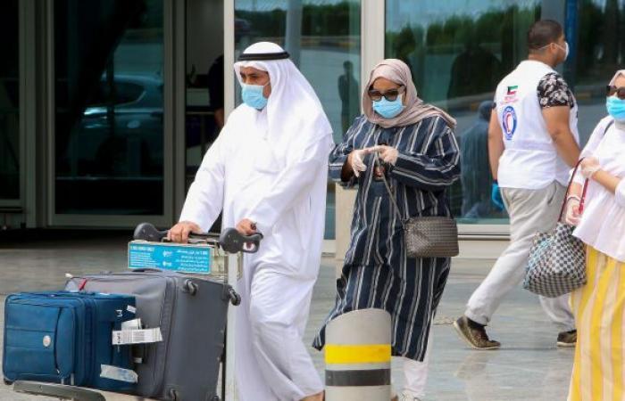 بدءا من 22 مايو... الكويت تمنع مواطنيها غير المطعمين من السفر