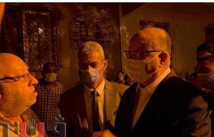 """مواطن يشكو لمحافظ القاهرة.. والأخير:"""" تنورني في مكتبي وتقول لي كل اللي عايزه""""   فيديو"""