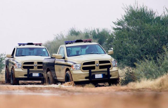 قوات «الأمن البيئي» تضبط مخالفين ينقلون الرمال ويجرفون التربة