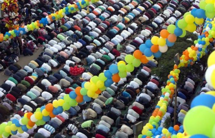 مصر: صلاة العيد في 13 الجاري الساعة 5.28 فجرا و10 دقائق فروق توقيت