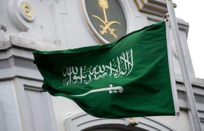السعودية تلزم القادمين بغرض السياحة والعمرة بإجراءات جديدة بخصوص كورونا