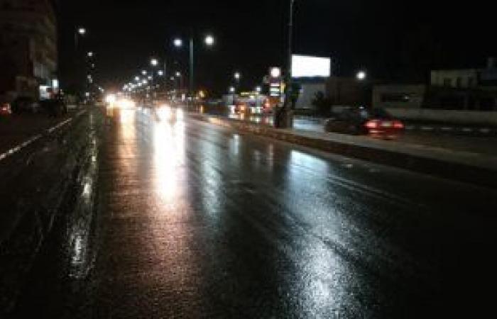 أمطار جارفة شرق الجزائر تودى بحياة شخصين ..فيديو