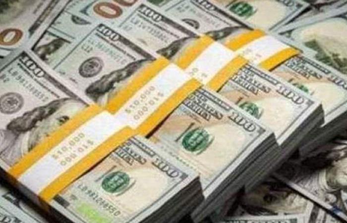 سعر الدولار فى 16 بنكا بنهاية تعاملات اليوم الثلاثاء 4-5-2021