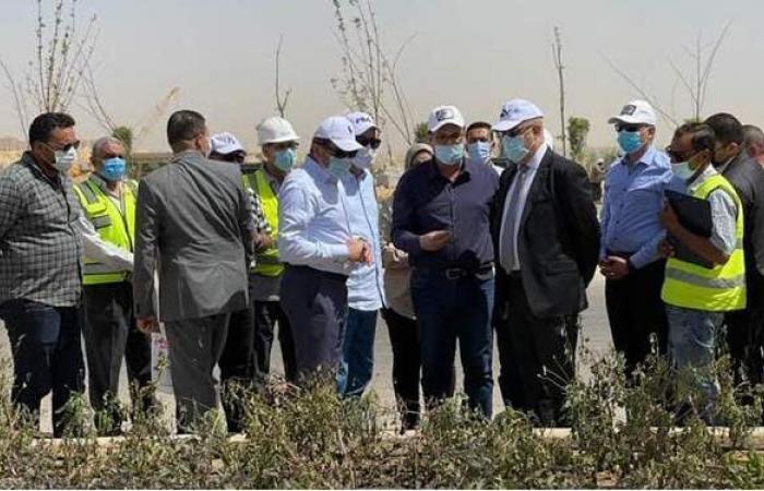 وزير الإسكان يتفقد مشروع الحدائق المركزية ومحور زايد الجنوبي بالعاصمة الإدارية