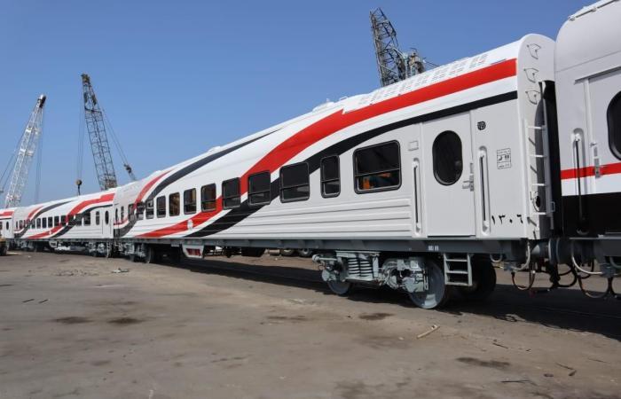 وزارة النقل تعلن وصول 52 عربة سكة حديد روسية جديدة عبر ميناء الإسكندرية