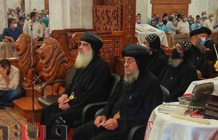الأنبا يوساب يترأس صلوات جناز القمص صرابامون ويصا بالأقصر