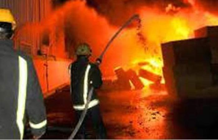 انتداب المعمل الجنائي لمعاينة حريق قطعة أرض بالإسكندرية