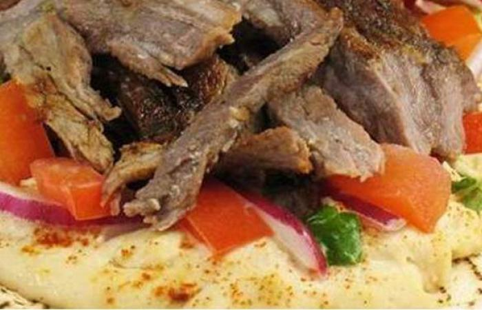 لإفطار مختلف.. طريقة عمل شاورما اللحم