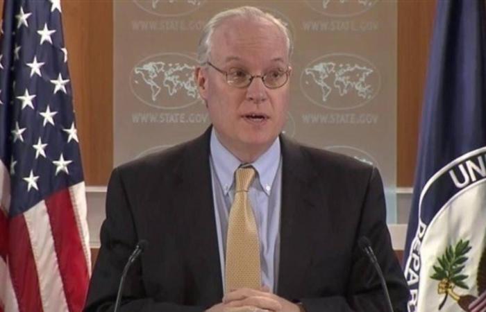 المبعوث الأمريكي لليمن يهدد الحوثيين بفرض عقوبات في حالة لم يتوقف هجوم مأرب