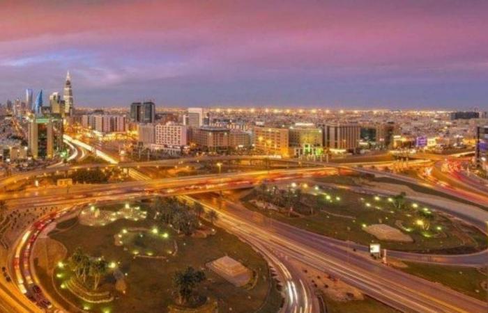 بالفيديو.. «المرور السعودي» يحدد الطرق البديلة طيلة أيام إغلاق جسر الخليج بالرياض