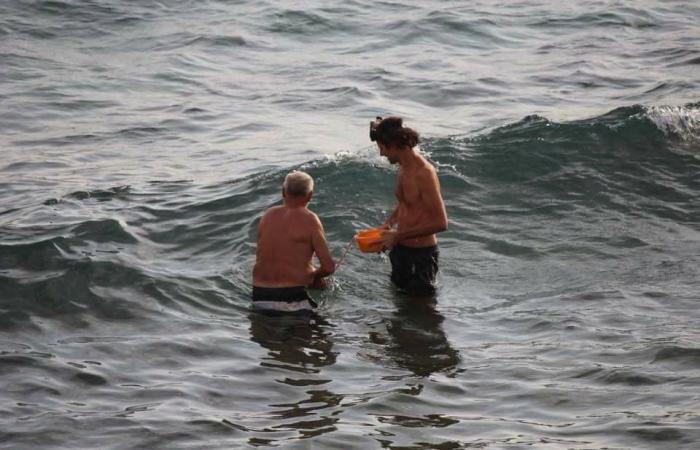 """سائحة روسية تضع مولودها فى بحر """"دهب"""" صور"""