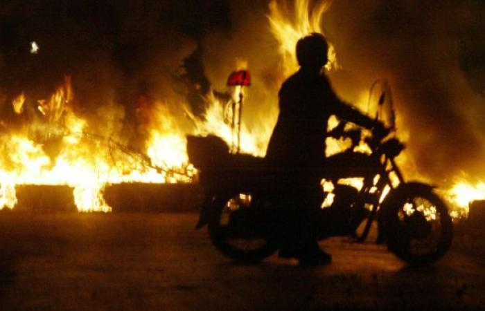 مصر... حريق هائل في منطقة وسط البلد