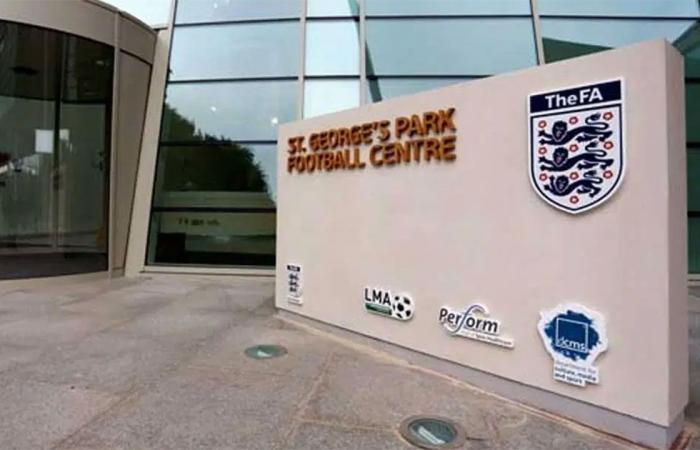 لم يُغلق الملف.. الاتحاد الإنجليزي يفتح تحقيقًا بشأن «دوري السوبر»