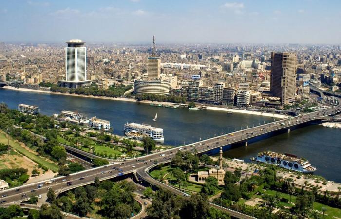 لأول مرة منذ عام 2013.. وفد رسمي تركي يصل إلى القاهرة