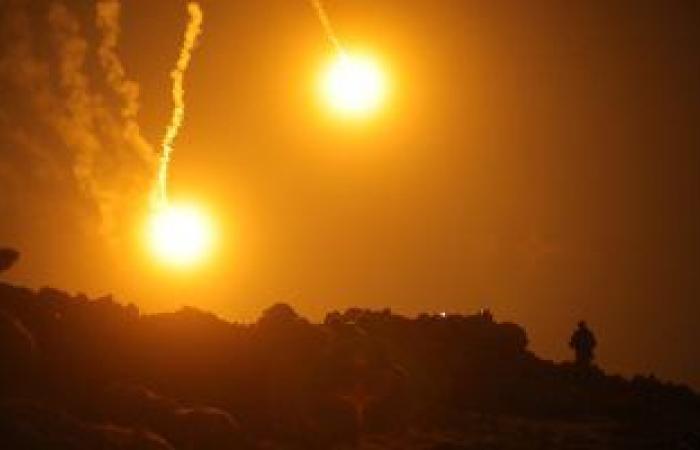 مقتل شخص وإصابة 6 آخرين واندلاع حريق بمصنع بلاستيك بعد قصف إسرائيلى على سوريا