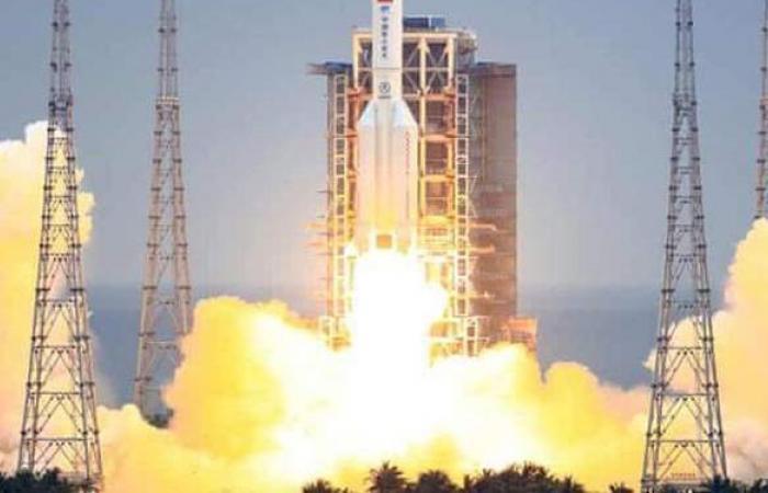 أول فيديو تصوير جوي للصاروخ الصيني أثناء مروره بسماء نيوزيلندا