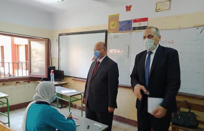 محافظ القاهرة يتفقد امتحانات الإعدادية ويشدد على الإجراءات الاحترازية