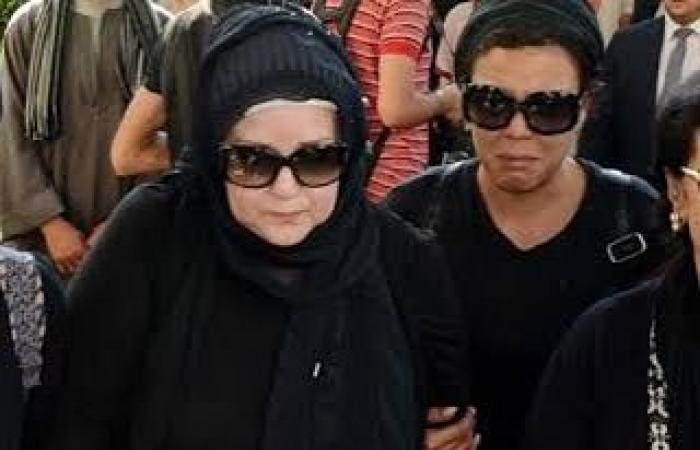 بابا ساب وصيته معاها.. ناهد السباعى تكشف عن موقف إنسانى مع دلال عبد العزيز