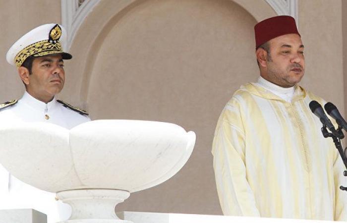 """المغرب يعلن تخفيف قيود """"كورونا"""" والملك يصدر أمرا بشأن المساجد المغلقة"""