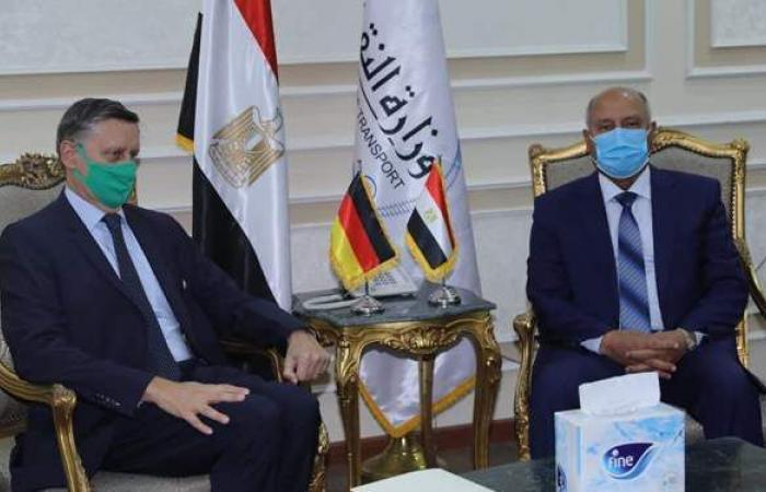 وزير النقل يستقبل السفير الألماني بالقاهرة لبحث تدعيم التعاون بين الجانبين