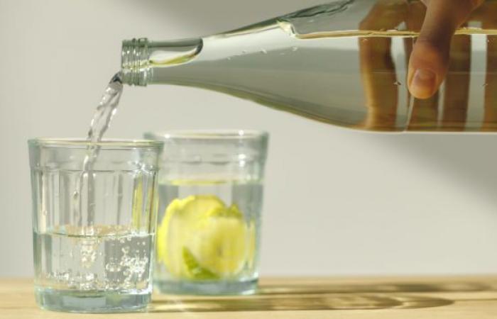 خبير تغذية: كثرة شرب الماء تحميك من أمراض عديدة