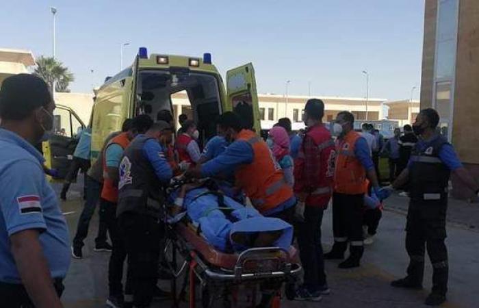 عودة ٦ من الجرحى الفلسطينيين لقطاع غزة بعد تلقيهم العلاج بالعريش