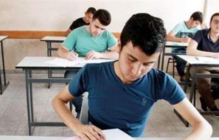 الانتهاء من تجهيز 387 لجنة لاستقبال 73 ألف طالب بإعدادية المنوفية