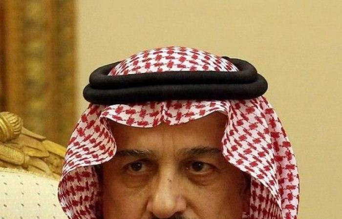 أمير الرياض يعزي أسرة الشثري
