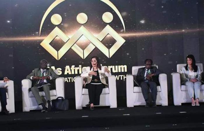 وزيرة التخطيط: قرابة الـ 60 % من مواطني أفريقيا أعمارهم أقل من 30 سنة