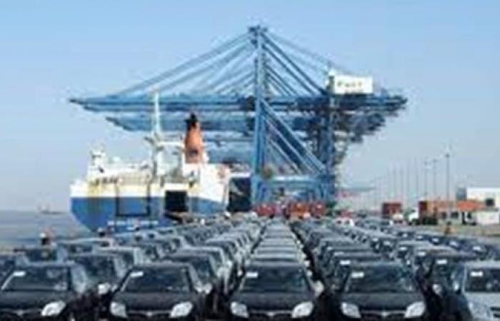 ميناء دمياط: تداول 27 سفينة للحاويات والبضائع العامة اليوم