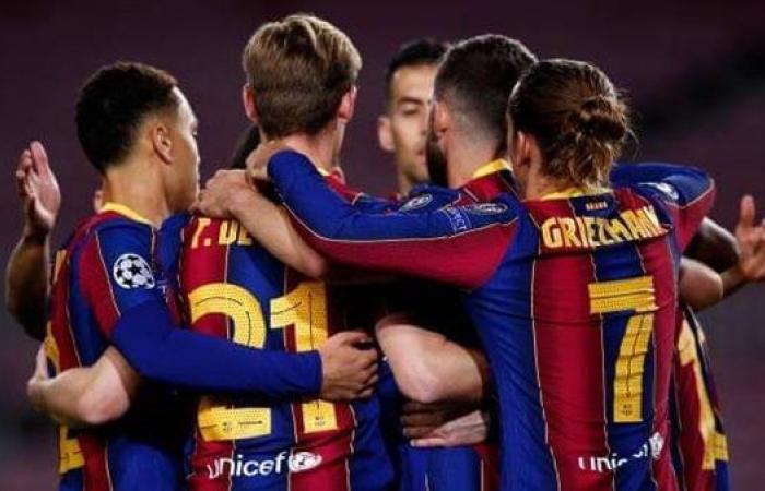 برشلونة يخطط للحفاظ على نجميه