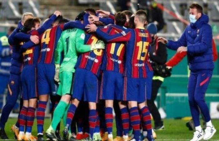 3 وجهات محتملة لثلاثي برشلونة