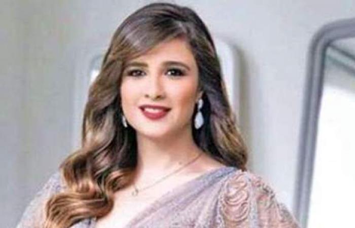 تفاصيل حجز الفنانة ياسمين عبد العزيز في العناية المركزة