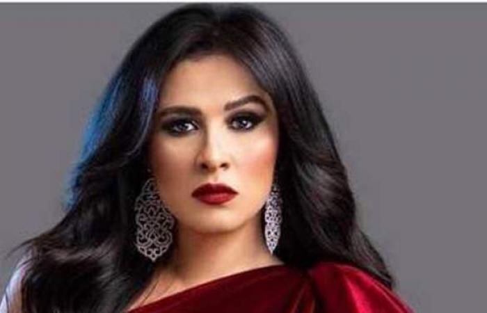 """حلا شيحة عن ياسمين عبد العزيز: """"معرفتش انزل لها صورة إيه وأنا بدعيلها"""""""