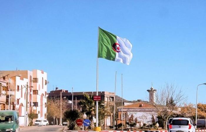 الجزائر تستدعي سفيرها لدى المغرب للتشاور بسبب الدعوة المغربية لانفصال منطقة القبائل