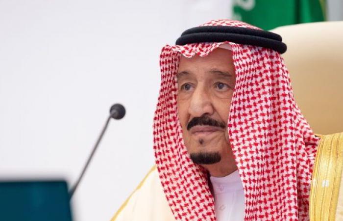 الملك سلمان وولي عهده يتلقيان اتصالات هاتفية من أمير قطر