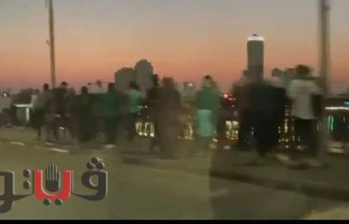 ازدحام المواطنين أعلى كوبري أكتوبر في ثالث أيام عيد الأضحى | فيديو
