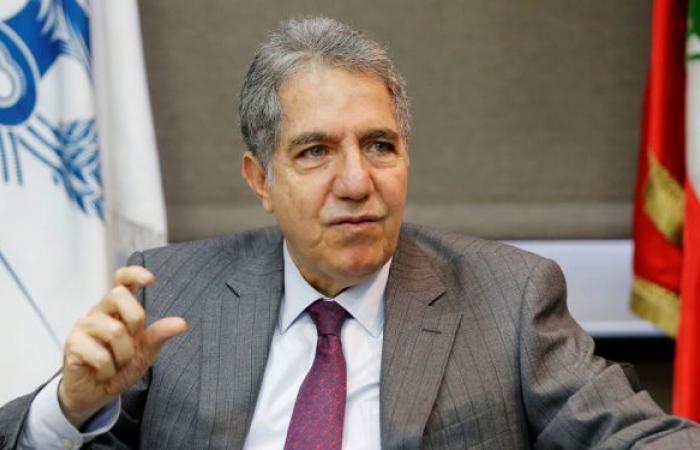 وزير المالية اللبناني يوقع مرسوما لإعادة إعمار البلاد