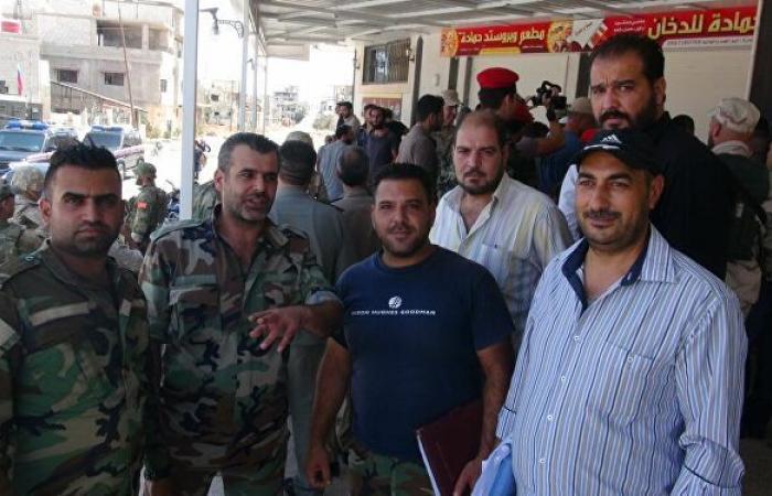 """مصدر أمني سوري لـ""""سبوتنيك"""": تسوية أوضاع 212 مطلوبا في درعا البلد"""